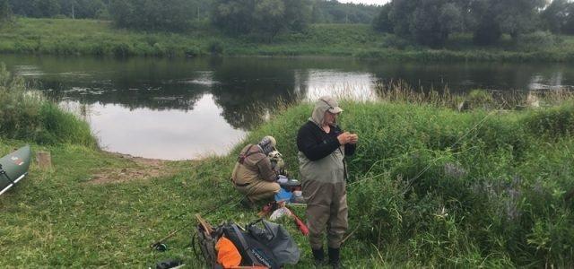 """Самый главный плюс """"голавлиной рыбалки"""" – можно научиться ловить голавля новичку нахлыстом"""